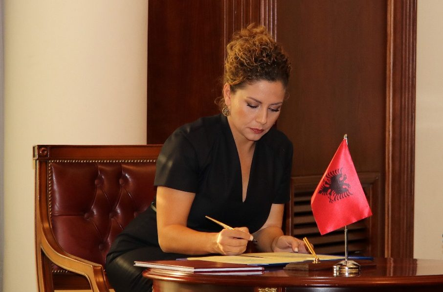 Υποτροφίες της Αλβανίας για φοίτηση σε ελληνικές στρατιωτικές σχολές