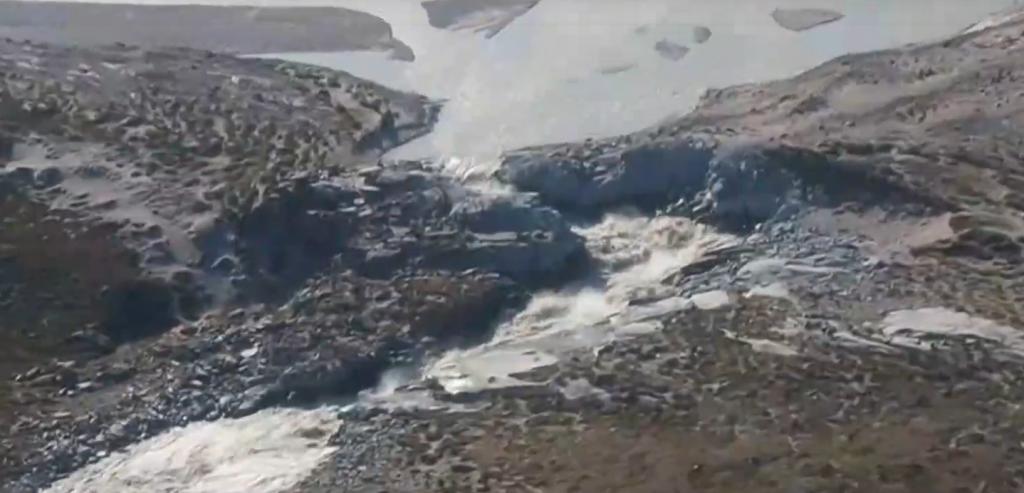 SOS από την πλανήτη: Ακραίο κύμα καύσωνα στη Γροιλανδία – Πύρινος εφιάλτης στη Σιβηρία